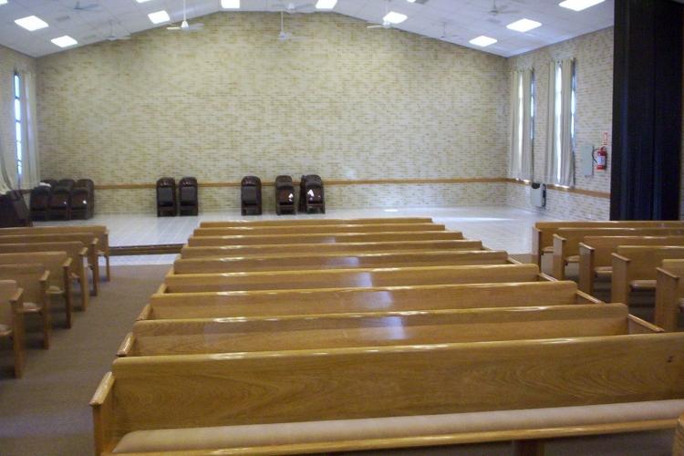 Mobiliario para iglesias